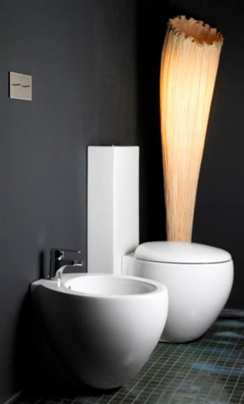 Water Hotel: Baños de estilo moderno de BARASONA Diseño y Comunicacion