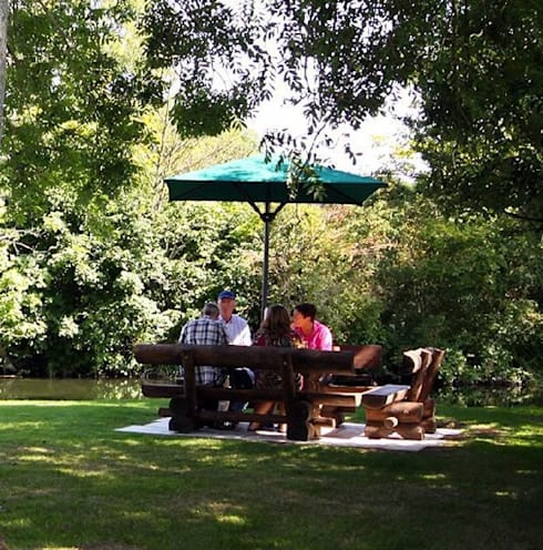 Rustic Garden Furniture Set for Pub and Beer Gardens in UK:  Garden  by Baltic Gardens Ltd