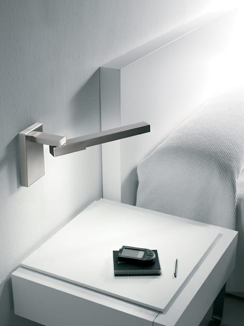LINEAS PLUS: Dormitorios de estilo clásico de GRUPO LINEAS TC