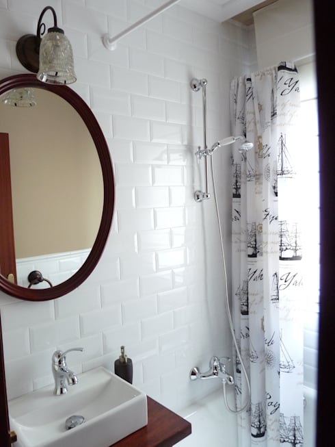 Reforma de un pequeño baño: Baños de estilo  de Dec&You