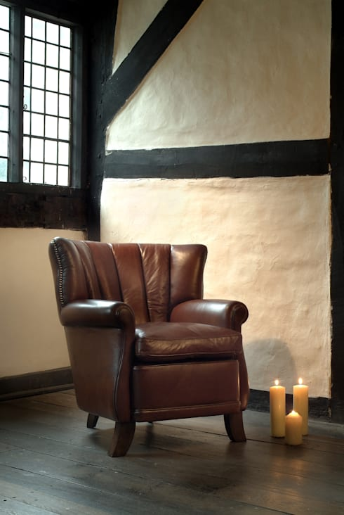 SHERIDAN:  Living room by TETRAD LTD