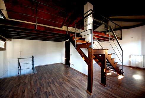 Appartamento - vista dall'ingresso: Ingresso & Corridoio in stile  di Marco Barbero