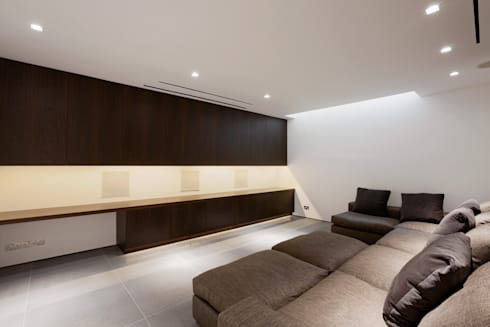 Hyde Park Mews: modern Living room by Gregory Phillips Architects