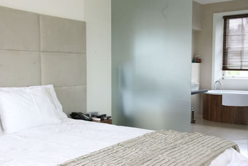 Hampstead: minimalistic Bedroom by Gregory Phillips Architects