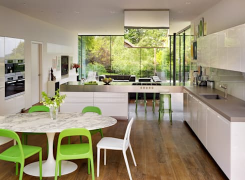 Guildford: modern Dining room by Gregory Phillips Architects