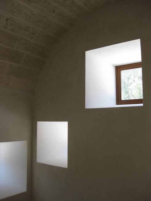 Casa al Mare, 2009:  in stile  di MFA Architects