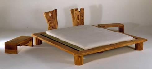 Kurcati: Camera da letto in stile in stile Mediterraneo di pyka-leone