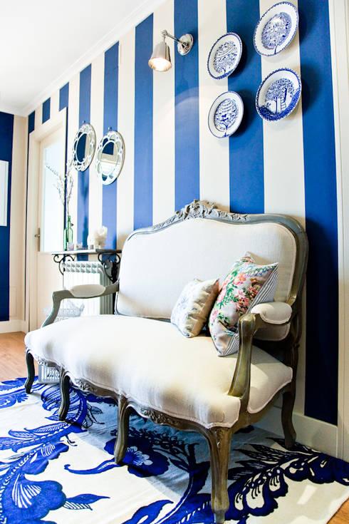 Vivienda en Paracuellos (Madrid): Pasillos y vestíbulos de estilo  de www.rocio-olmo.com
