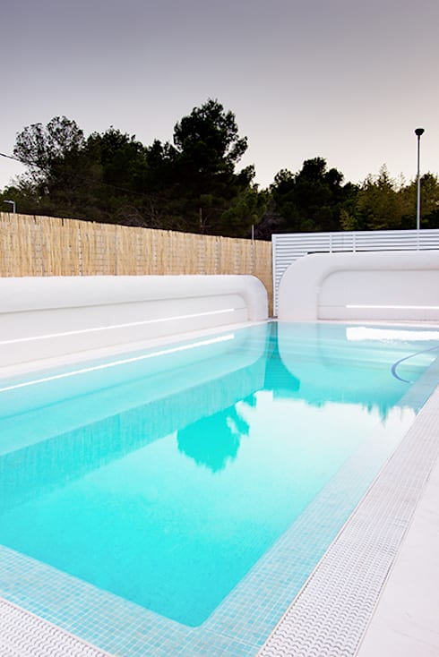 Projekty,  Basen zaprojektowane przez Chiralt Arquitectos