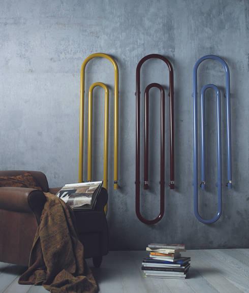 VD 3927: Couloir, entrée, escaliers de style  par Varela  Design
