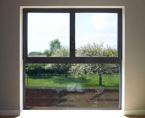 maison enti rement quip e de vitrage chauffant by vitrum glass homify. Black Bedroom Furniture Sets. Home Design Ideas