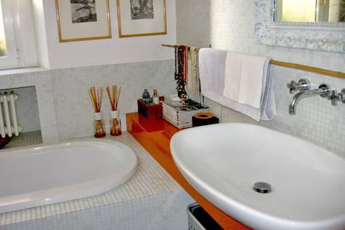 casa privata: Case in stile in stile Moderno di Lucarelli Rapisarda Architettura & Design