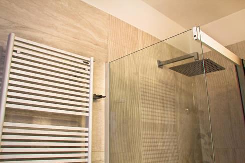 Ristrutturazione appartamento. Roma|2013:  in stile  di AMNstudio
