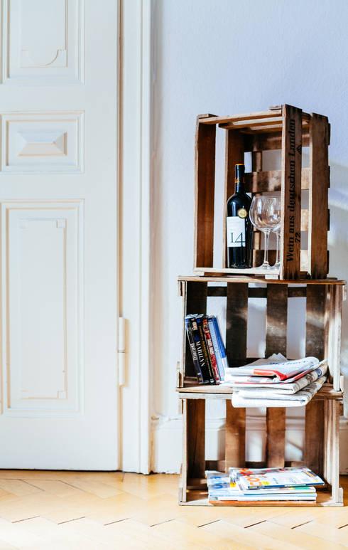Weinkisten mit Anti-Holzwurm-Wärmebehandlung:  Wohnzimmer von Johannes Hanke - DeineWeinkiste.de