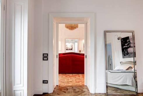 PIAZZA CADORNA, MILANO:  in stile  di NOMADE ARCHITETTURA E INTERIOR DESIGN