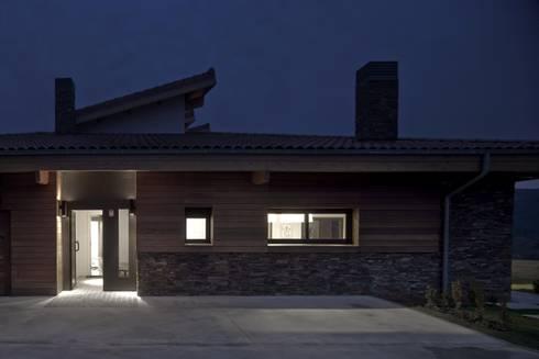 Vivienda en urduliz de ia b arkitektura taldea homify - Casa rural urduliz ...