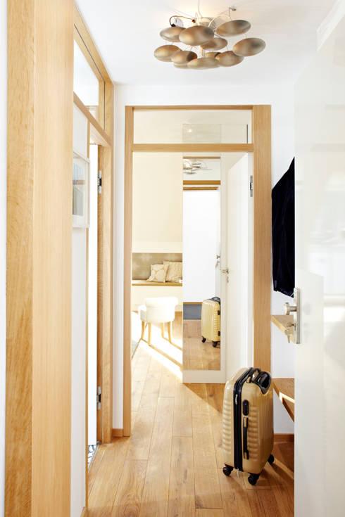 Vacation Rental W1 - Business Studio:  Wohnzimmer von Ute Günther  wachgeküsst