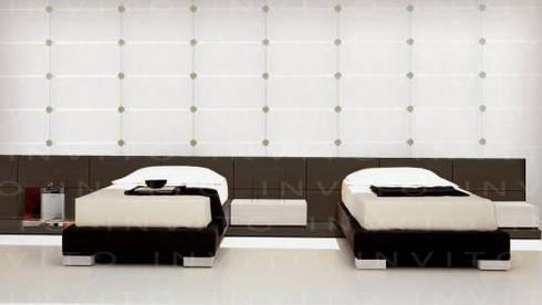 Recámaras Gemelas: Recámaras de estilo minimalista por INVITO