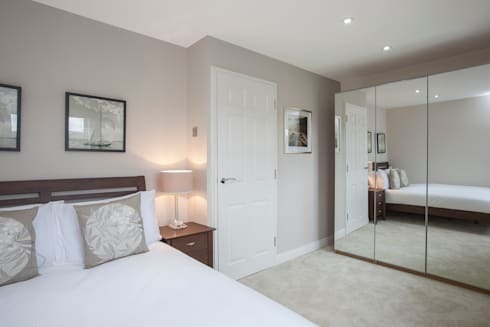 Bedroom - Canary Wharf: modern Bedroom by Millennium Interior Designers