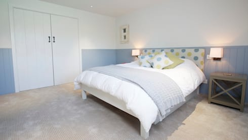 Private home, West Surrey: modern Bedroom by SlightlyQuirky ltd