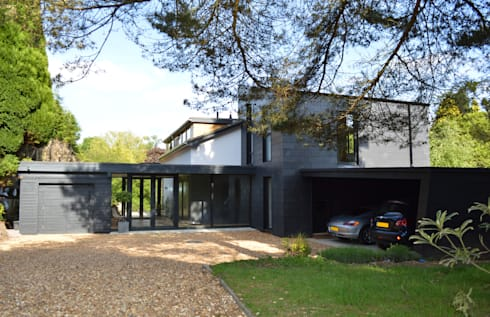 Contemporary Home Restoration and Extension for 1960s house in Haslemere, Surrey:   by ArchitectureLIVE