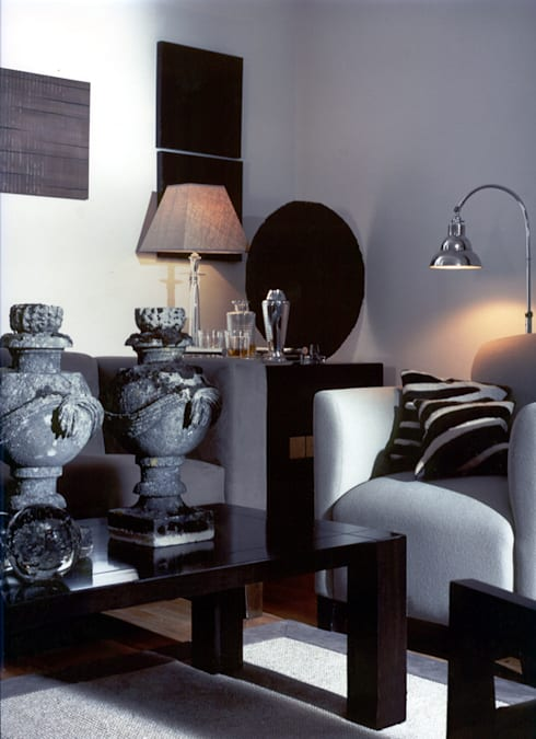 Chelsea, London. Sitting Room:   by Palmer: Interior Architecture | Design | Lighting