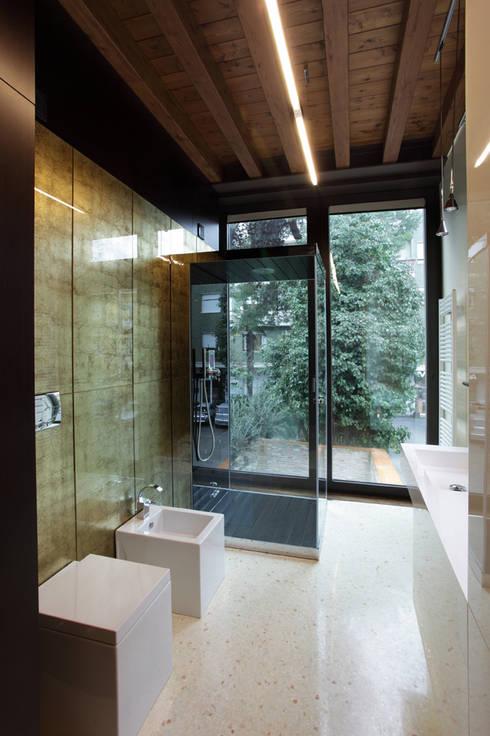 حمام تنفيذ Cumo Mori Roversi Architetti