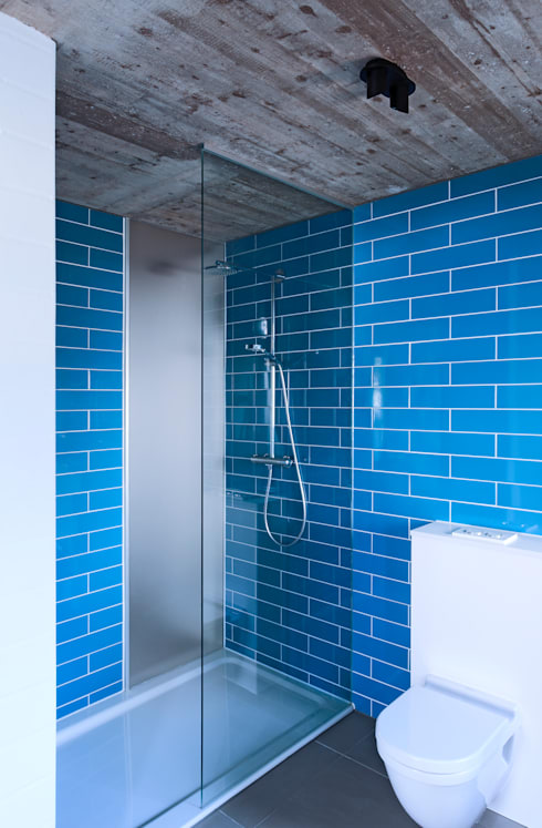 BAD: minimalistische Badezimmer von mori