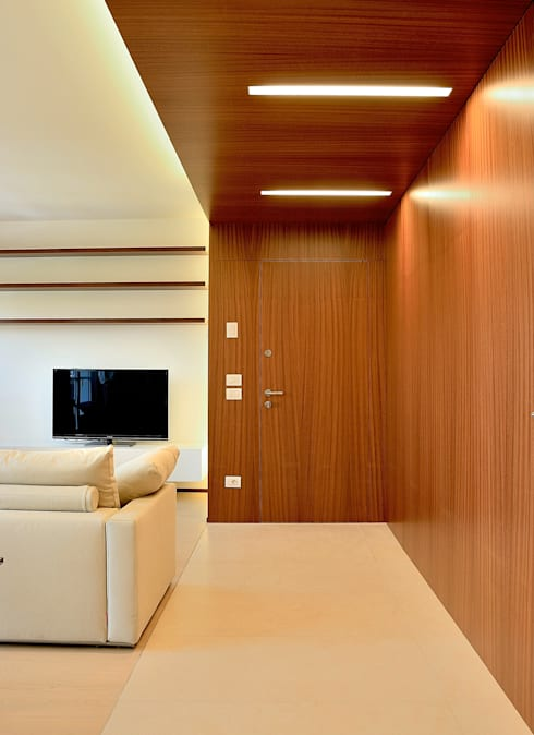 Interno casa C (2013): Soggiorno in stile in stile Moderno di sergio fumagalli architetto