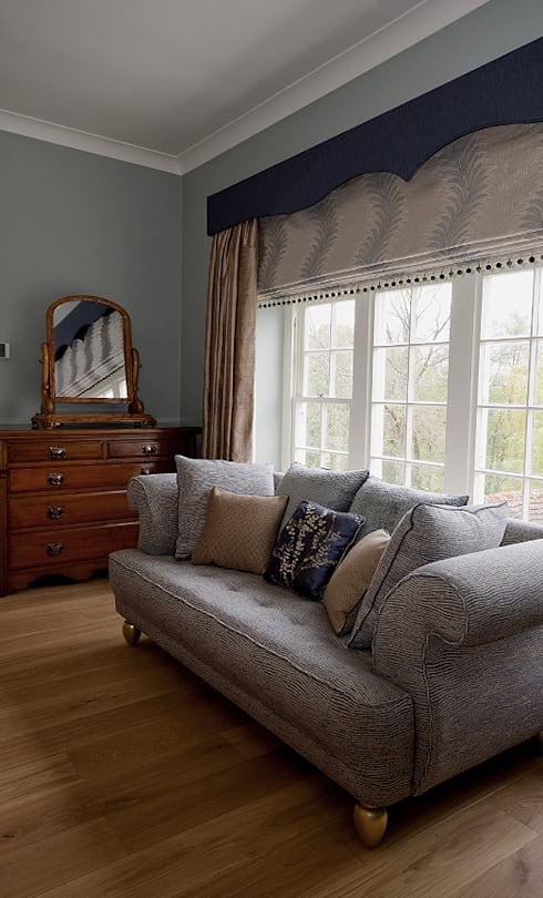 Kenwards Farm, Sussex:  Windows & doors  by Elizabeth Bee Interior Design