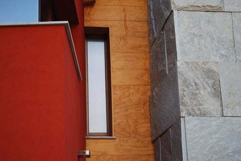 Bi: Case in stile in stile Moderno di Archisbang