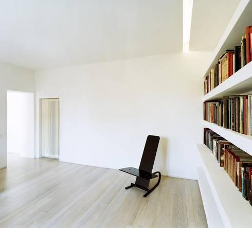 casa A1: Studio in stile in stile Moderno di vps architetti