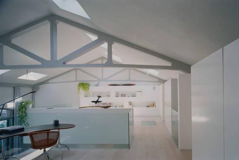 Laguna Dock: Cucina in stile in stile Scandinavo di battistellArchitetti