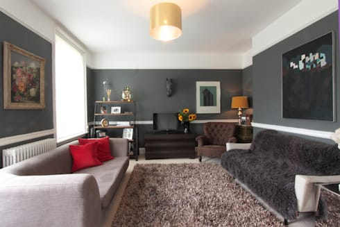 London SE9: modern Living room by kt-id