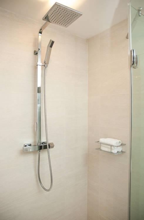 moderne Badezimmer von Definitive Interior Design