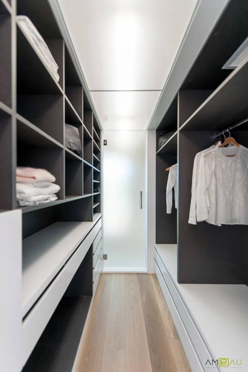 غرفة الملابس تنفيذ ambau taller d´arquitectes