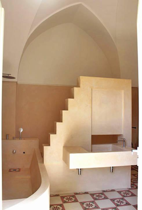 mediterrane Badezimmer von Studio Ricciardi Architetti