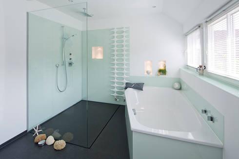 bodengleiche duschen von baqua gmbh manufaktur f r b der homify. Black Bedroom Furniture Sets. Home Design Ideas