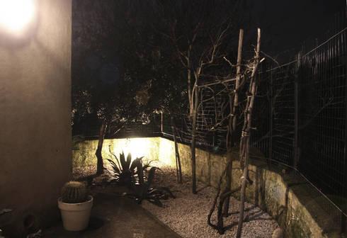 novemetriquadri: Studio in stile in stile Moderno di manuarino_architettura+design