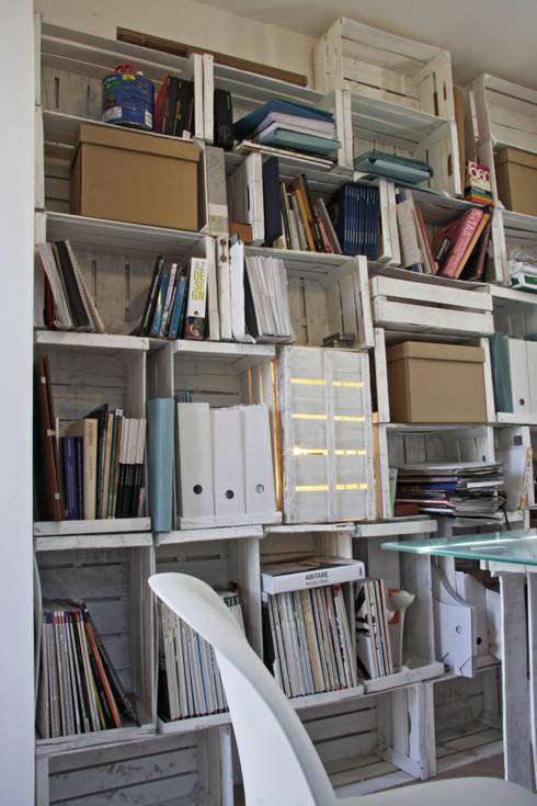 novemtriquadri: Studio in stile in stile Moderno di manuarino_architettura+design