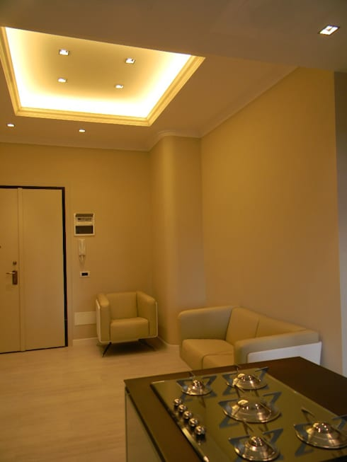 Casa B: Ingresso & Corridoio in stile  di Alpestudio