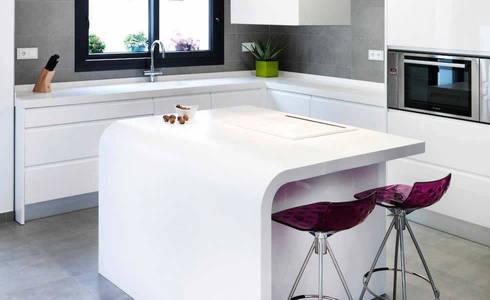 KRION Solid Surface kitchen worktop: modern Kitchen by Porcelanosa Scotland
