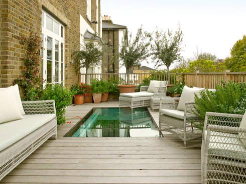 Wimbledon:  Terrace by LEIVARS