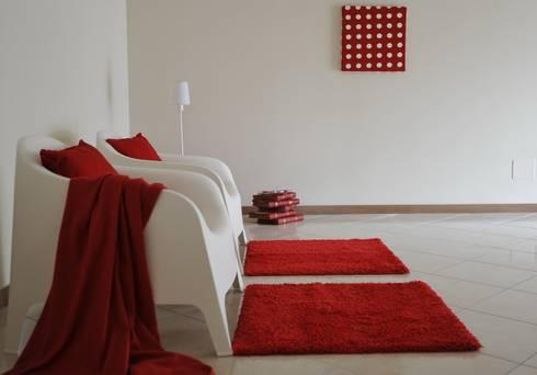 soggiorno: Ingresso & Corridoio in stile  di Gabriella Sala   Home Staging & Relooking Specialist
