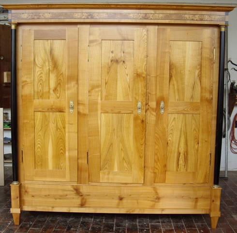 schlafzimmer in massiv kirschbaum profesjonalista kunst und m beltischlerei conrad homify. Black Bedroom Furniture Sets. Home Design Ideas