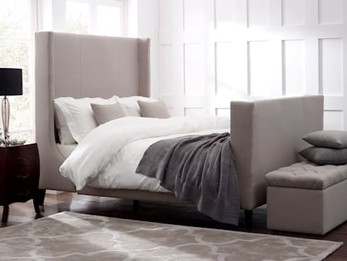 Newton Bed: modern Bedroom by Living It Up
