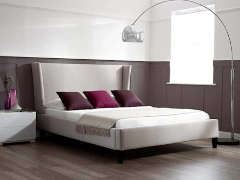 Zach Bed: modern Bedroom by Living It Up