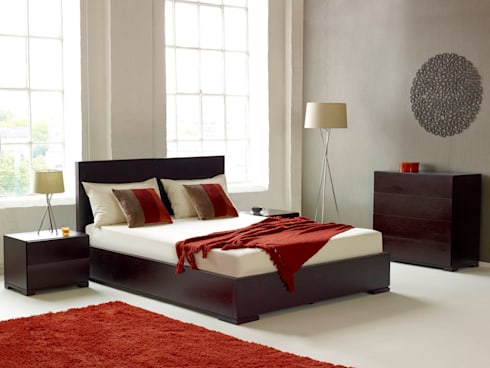 Verona Walnut Bed: modern Bedroom by Living It Up