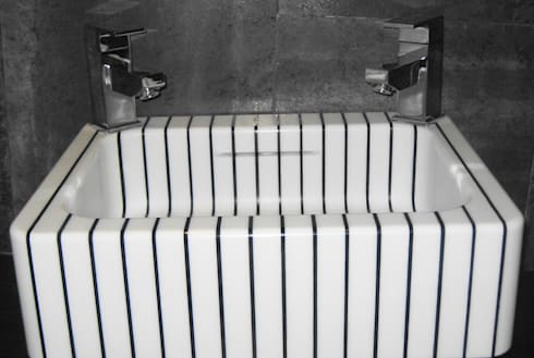 vertical pinstripe hand basin: classic Bathroom by srb enginering 2000 ltd