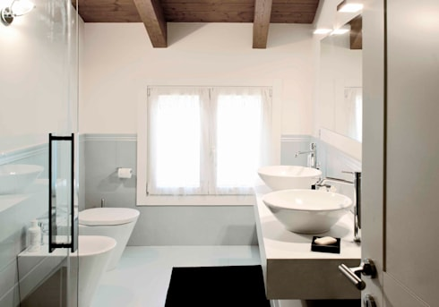 bagno: Bagno in stile in stile Moderno di marta novarini architetto